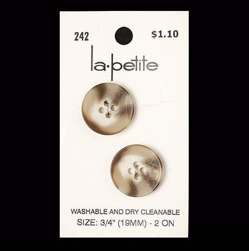 Lapetite0242_1
