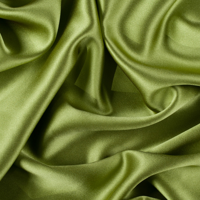 peridot silk crepe back satin pv8000 139 11