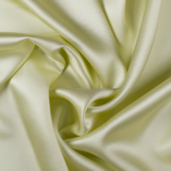 young wheat silk crepe back satin pv8000 135 11